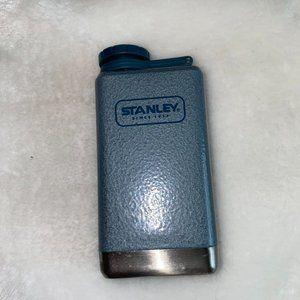STANLEY 5 oz pocket flask NWOT